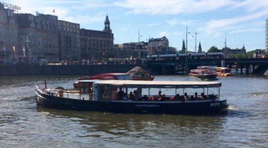 Dutch-authentic-boat   Amsterdamjordaan.com