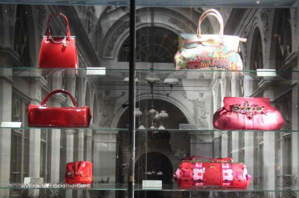 museum-of-bags-and-purses-in-amsterdam   Amsterdamjordaan.com