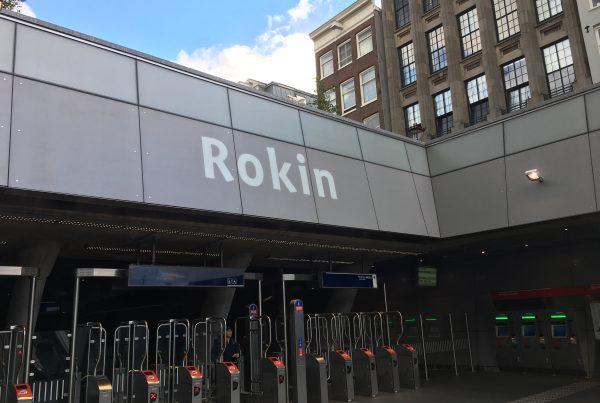 Opgravingen bij station Rokin Noord / Zuid lijn Amsterdam